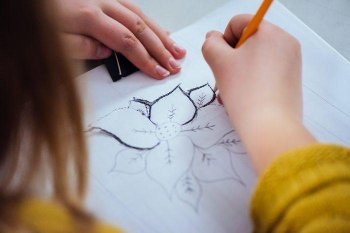Cours dessin 9-12 ans