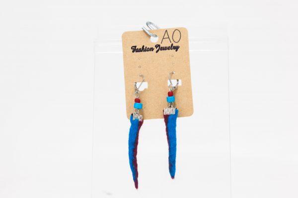 Boucles d'oreilles pointues bleues et rouges -Ariane Ouellet